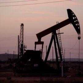 Ropa nad zlato aneb je zlato bezpečnější investice než ropa?
